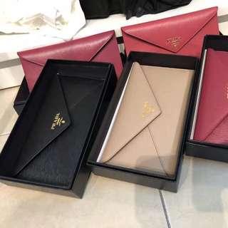 💯AUTHENTIC ‼️ORIGINAL Prada Envelope Wallet Ready Stock RM1xxx each
