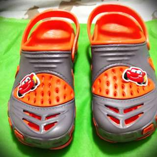 Croc-style Slippers