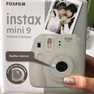 Fujifilm Instax mini 9 instant Polaroid camera WITH selfie mirror