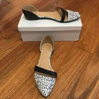 Park Lane ASOS size 37 black and white flats
