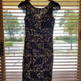 Review navy lace dress, Size 8