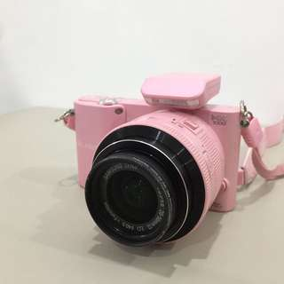 FULL SET: Samsung NX1000  Semi-Pro DSLR: Pink Colour