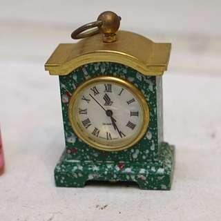 陳年物 銅框小台鐘