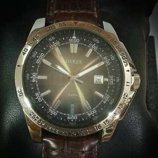AUTHENTIC GUESS MAN WATCH