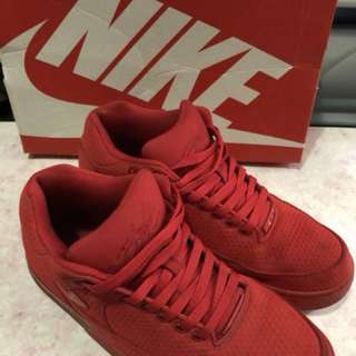 Nike 紅色男裝波鞋
