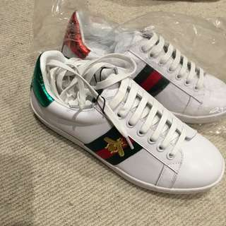 Gucci's shoes size37