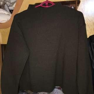100%new. Mila Owen wool blend top.