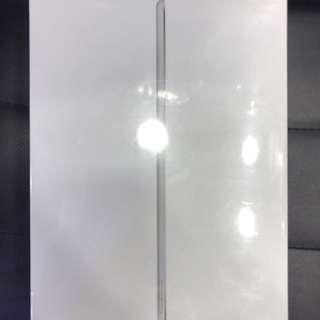 Brand new iPad Air 2 4g 32gb silver