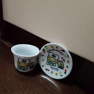 Ceramic Material Kerokeropoppi mini cup and saucer