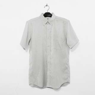Uniqlo Button Down Short Sleeve Shirt