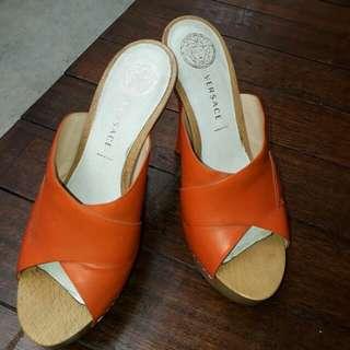 Sandal hels