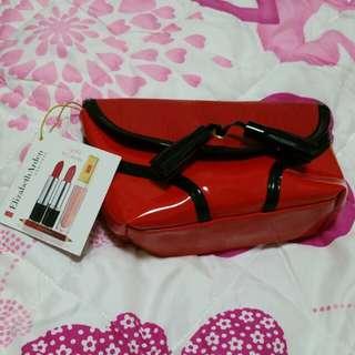 BN Elizabeth Arden Lip Kit with pouch