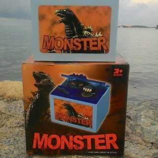Tabung Syiling Monster