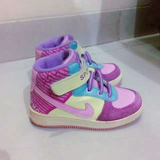 Nike Girl Shoes