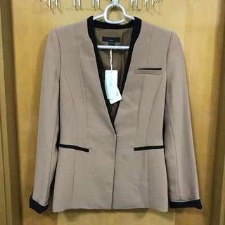 VIKi 全新韓牌VIKI杏色企領西裝外套 褸