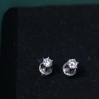 Real diamond earring