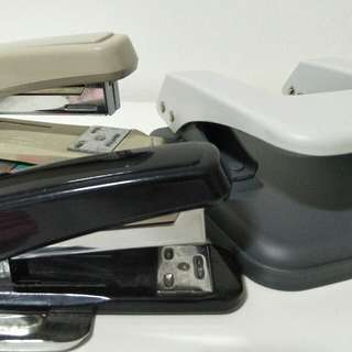 (Bundle deal) staplers n hole puncher