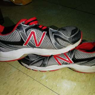 New Balance Red&Silver Rubber Shoes Size 5 for Men