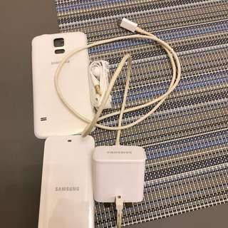 Samsung S5 電池,耳塞,充電頭& 底板