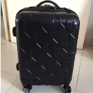Want to Sell BN Emoji 20 inch Blue hard-casing cabin luggage bag