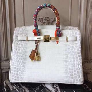 HERMES Birkin 35 Bordeaux Porosus Crocodile Leather Gold Hardware