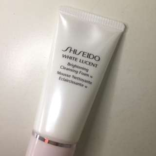 Shiseido White Lucent Cleansing Foam