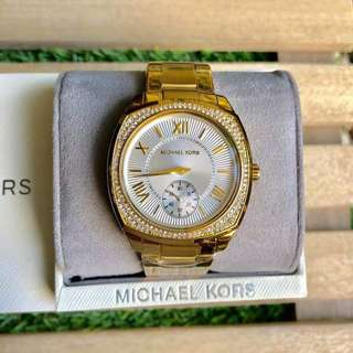 📌SUPER SALE! PAWNABLE MK WATCH HERE!⌚💕