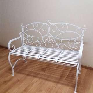 白色金屬歐式雙人座椅 (可以摺合)
