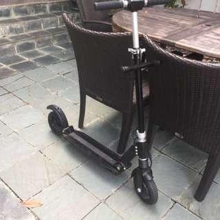 E-Twow 8.5Ah e-scooter