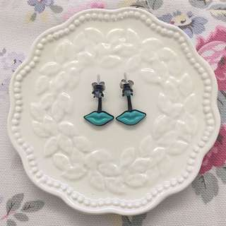 Mouth Earrings
