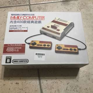 FAMILY COMPUTER VIDEO GAME CONSOLE