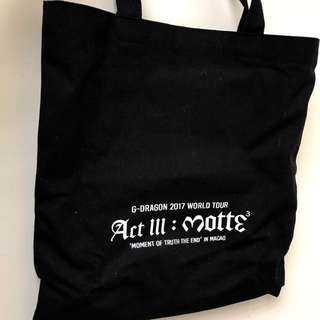 "G Dragon ""Act III Motte""VIP飛禮品 (tote bag + 小毛巾,全新)"