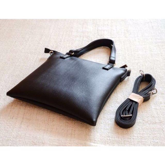 24x26 皮革 極簡 素面 側揹包 斜揹包 方包 方形 手提包 質感