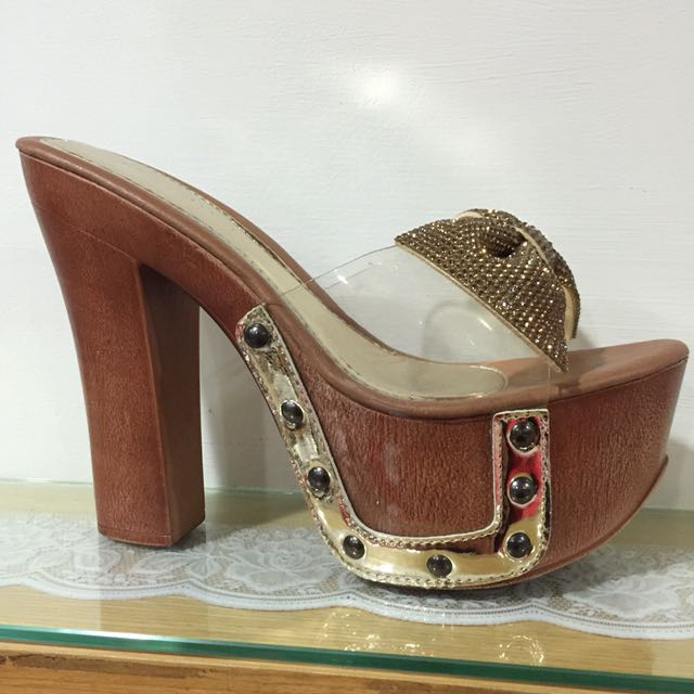 粗跟拖鞋(38.39可以穿)
