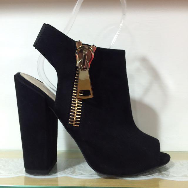粗跟鞋(尺寸38)黑