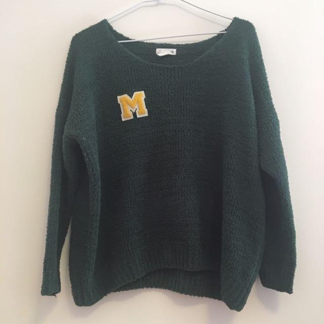 繭形綠色毛衣