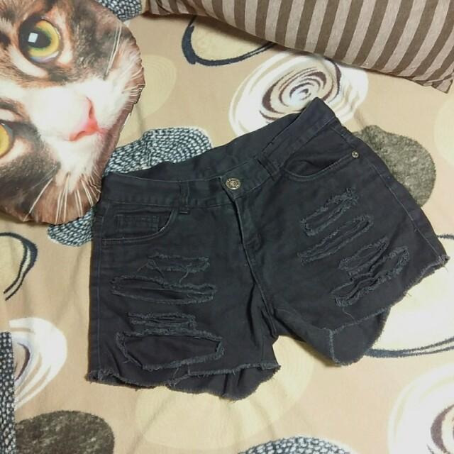 黑色刷破短褲#舊愛換新歡