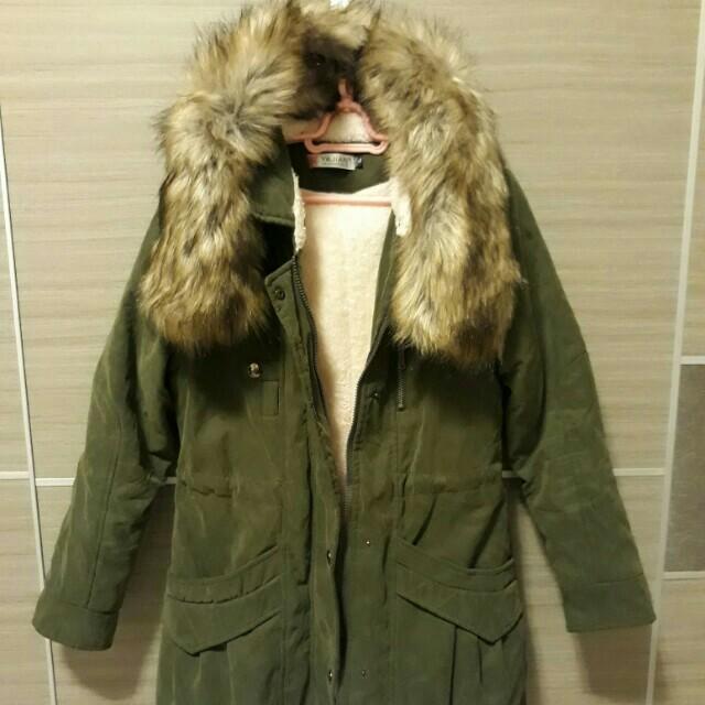 軍綠外套大衣