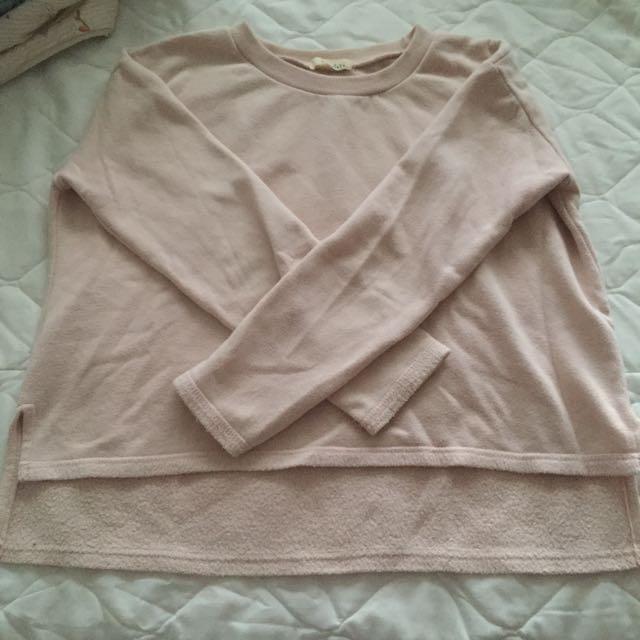 東區購入淺粉色前短後長鋪棉長袖上衣