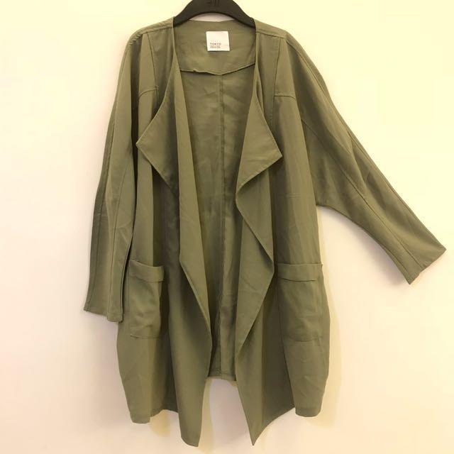 軍綠色  翻領 九分袖長袖 外套