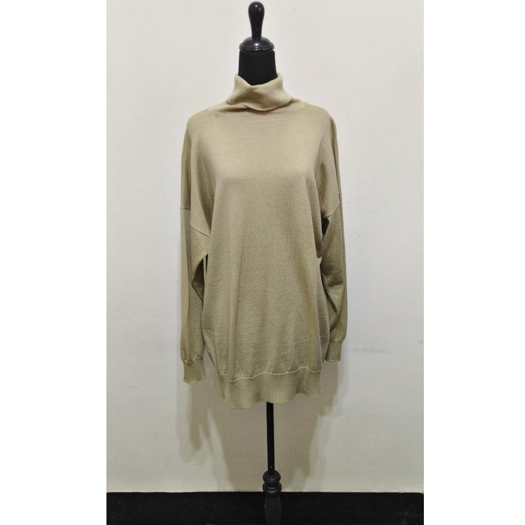 八成新~ 英國製名牌 Pringle 淺綠色 長袖套頭毛衣 ~ L~ (有小瑕疵 圖3) 男女都可以穿