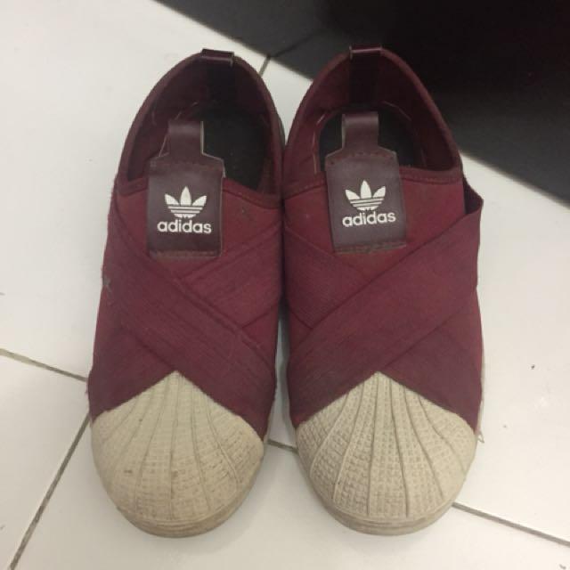 Adidas Slip On Merah Maroon