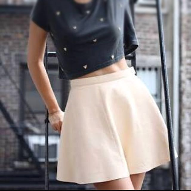 AMERICAN APPAREL cream beige leather skirt SZ XS (only worn once!)