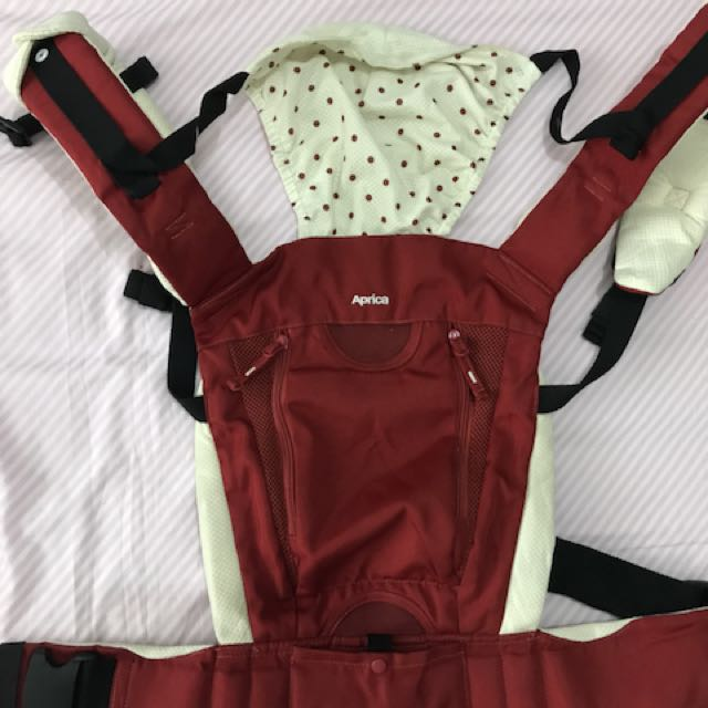 Aprica 4 way belt fit colan baby carrier Php 2500