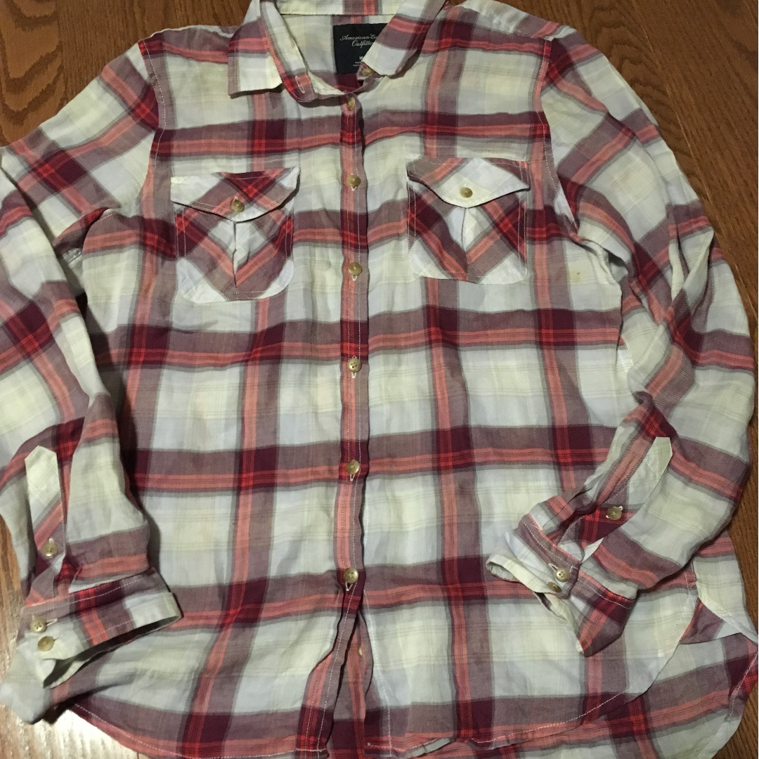 basic flannel shirt, size small