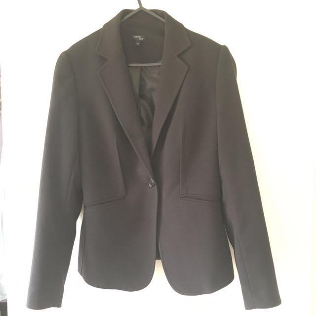 Black blazer size10