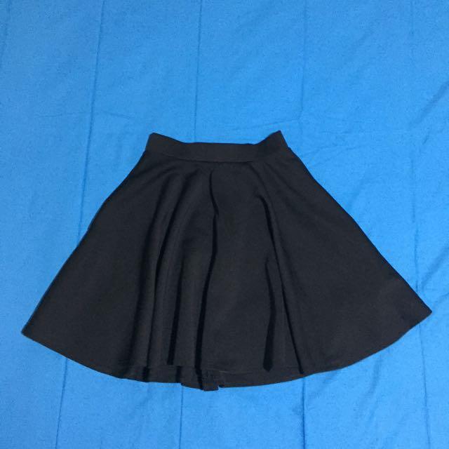 Black flare skirt rok hitam
