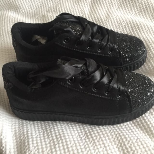 Black sparkle creeper runners brand new