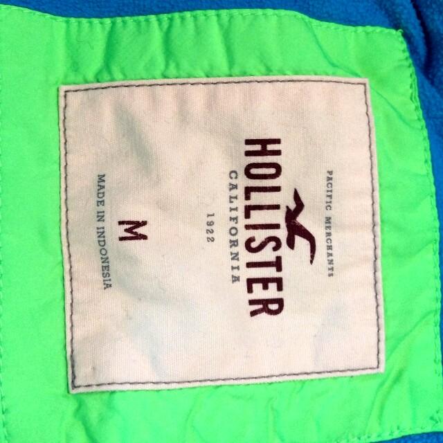 Blue Hollister California sleeveless Winter jacket