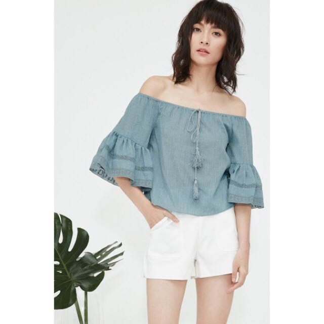 0b8e4697a19b83 BN Fash Mob Katniss Off Shoulder Top in Ash Blue (size S), Women's ...
